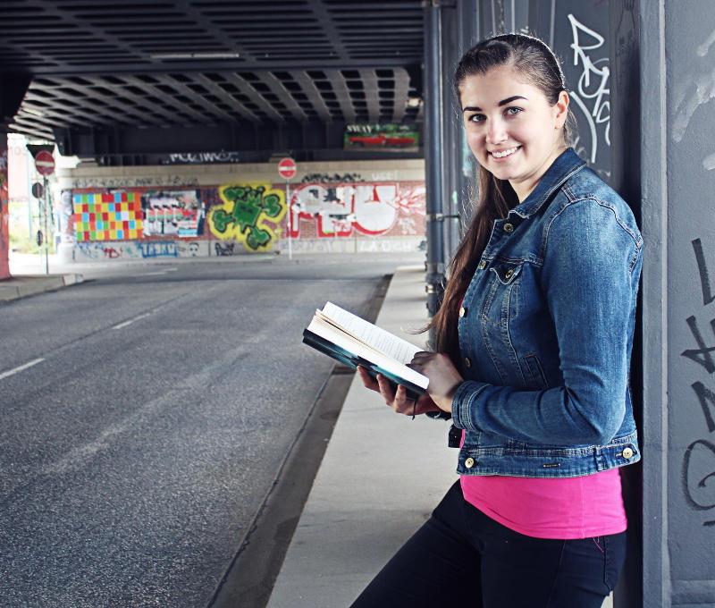 Ins Gespräch kommen mit einem Bücherwurm-Gesprächseinstieg