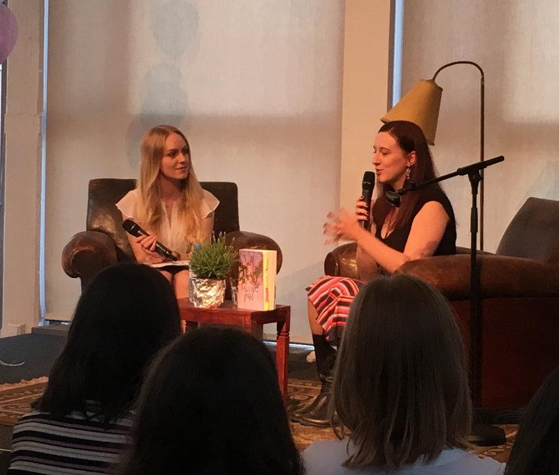 Anabelle Stehl und Bianca Iosivoni auf der Book Preview Party-Monatsrückblick Mai